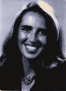 Francesca em 1985, com o primeiro colar que fez no Brasil